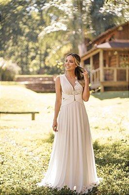 c7808ed8e4 Vestido de noiva branco longo de tule com renda plissado busto e cintura