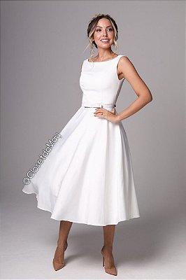 vestido branco midi lady like, saia fluida, com bojo, para casamento, batizado.