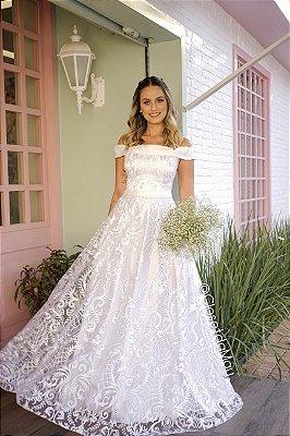 vestido longo em tule bordado, branco, com bojo,ombro a ombro, para casamento, batizado, festas, formatura.