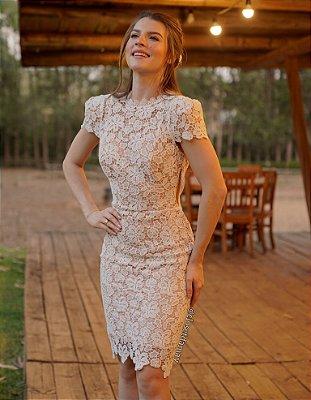 Vestido Bella de noiva em renda guipir com gola alta, mangas e decote nas costas, para casamento civil, cerimônia religiosa, ensaio pré wedding