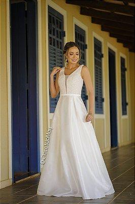 vestido de noiva longo bordado em pedraria, cinto fixo e decote, para casamento no civil, cerimônia religiosa