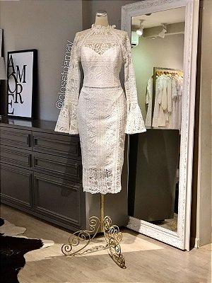 vestido de noiva midi, mangas longas, renda, gola alta, casamento civil, batizado