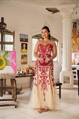 vestido de festa longo, bordado em pedraria, saia em organza, decote coração, para formandas, madrinhas de casamento