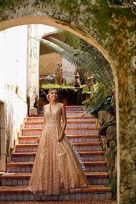 vestido de festa longo, frente unica, bordado, com aplicações de brilho, para madrinhas, formandas, debutantes