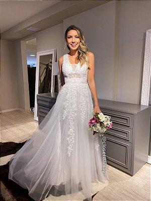 vestido de noiva longo, bordado, alças largas, decote em tule, para casamento civil, renovação de votos, cerimonia religiosa