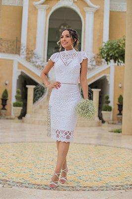 vestido de noiva midi, gola alta, mangas curtas em babado, detalhe em guipir na cintura, noiva civil, renovação de votos
