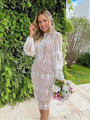vestido de noiva midi em renda, com gola alta, mangas longas, para casamento civil, noivado, renovação de votos