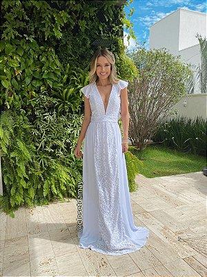 vestido de noiva longo, mangas em babado, em mix de renda, decote v, para casamento civil. pre wedding