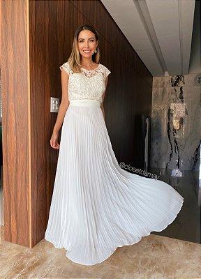 Vestido longo , saia plissada e corpo em renda, para casamento civil e casamento religioso