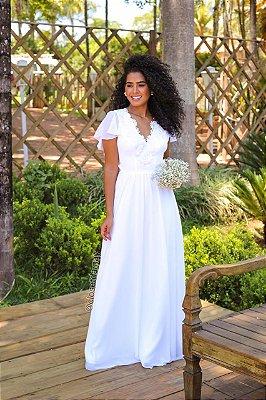Vestido Isabela longo, com saia em crepe de seda, e corpo em renda. Para casamento religioso, e civil.