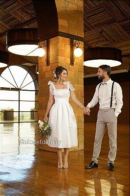 Vestido Bruna lady like , com alças e e laços removíveis, para casamento civil e jantar de noivado