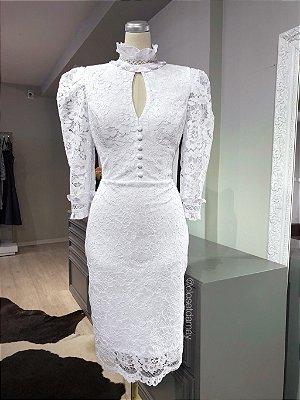 vestido de noiva, midi, gola alta, decote e manga 3/4 para casamentos no civil, e ensaios pré wedding