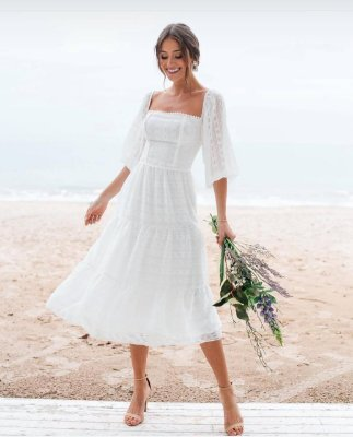 Vestido midi, com mangas, e fios de lurex, para casamento civil e jantar de noivado