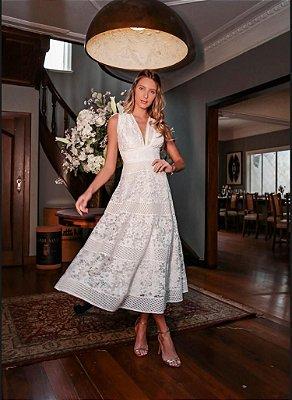 vestido midi em renda com tule no busto, off white, ideal para casamento religioso, casamento civil.