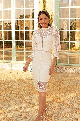 vestido midi em renda com recortes, gola alta, off white, ideal para casamento religioso , casamento civil.