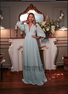 Vestido de festa longo de manga longa em crepe e renda, ideal para madrinha, chá revelação, formatura.
