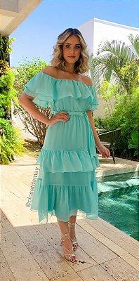 vestido de babados no ombro e na saia, com cinto, para madrinha intimista e jantares.