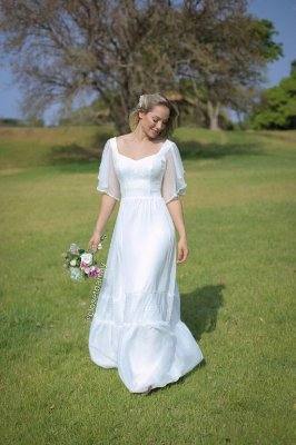 Vestido Elisabeth, de noiva longo, manga babado com pérolas, com rendas, ideal para casamento religioso, casamento civil