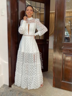 Vestido Elsa de noiva longo com renda, tule de poá e decote em tule