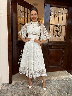 Vestido Anna de noiva lady like com renda, aplicações e manga 3/4
