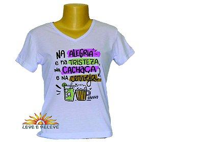 Camiseta Babylook na cachaça e na cerveja