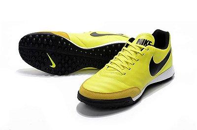 e16dc62b736aa Nike Mystic Society - amarela
