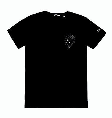 T- shirt // Skull and crossbones