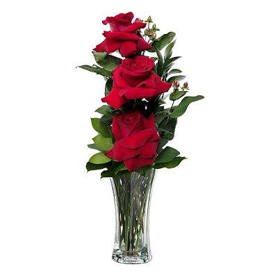 Arranjo com 03 Rosas Colombianas Vermelhas no Vaso de Vidro