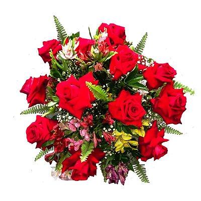 Buquê com 12 Rosas Colombianas Especial