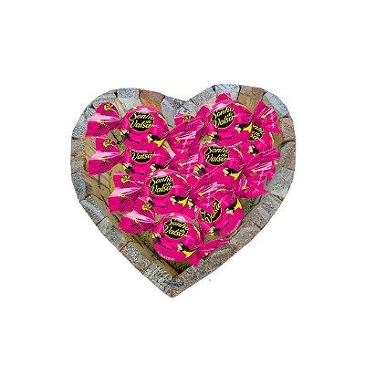 Coração de Madeira com Chocolates Sonhos de Valsa