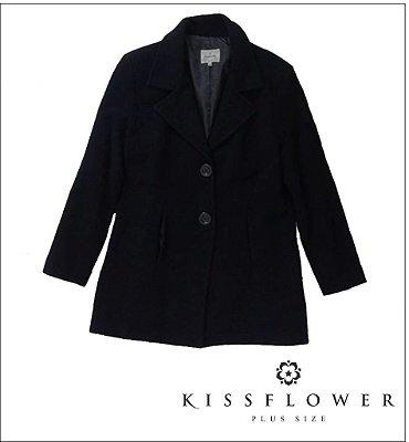 Casaco Plus Size de Lã Batida - Decote V