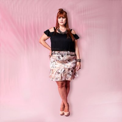 Cropped ombro a ombro Plus Size