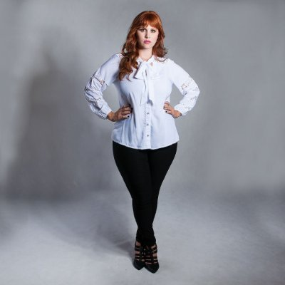 Camisa Plus Size Romantic Gola Laço
