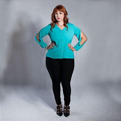 Camisa Manga Longa com Fenda - Plus Size