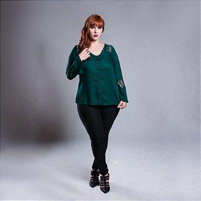 Camisa Detalhe em Renda nas Costas - Plus Size