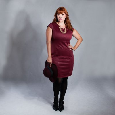 Vestido Neoprene Bordado - Plus Size