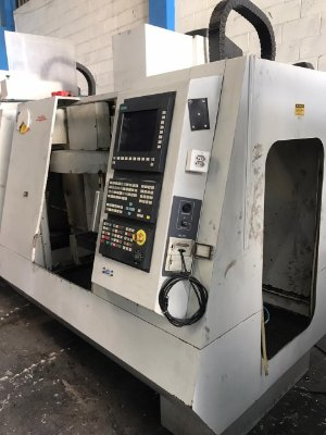 Centro de Usinagem CNC Romi D560 Comando Siemens