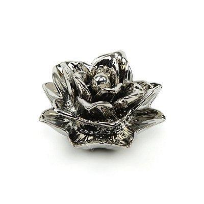 Flor Rosa Decorativa em Cerâmica Prata Média
