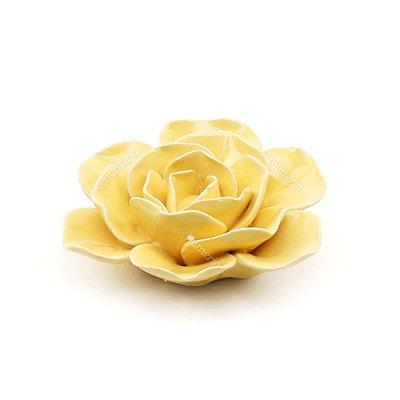 Flor Decorativa em Cerâmica Amarela Pequena