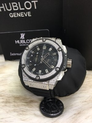 HUBLOT KING POWER BLACK CRAVEJADO - 8B77XVMM4