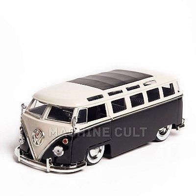 Miniatura Perua Kombi Volkswagen 1962 - Preta - Jada 1:24