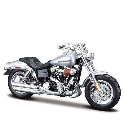 Miniatura Harley-Davidson CVO Fat Bob 2009 - Maisto 1:18