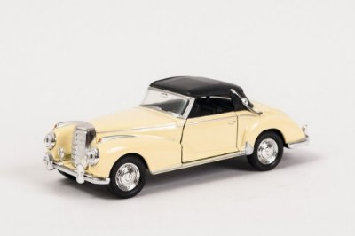 Miniatura Mercedes-Benz 300S - Welly - 1:34