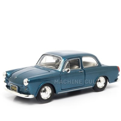 Miniatura Volkswagen 1600 Notchback - Maisto - 1:24