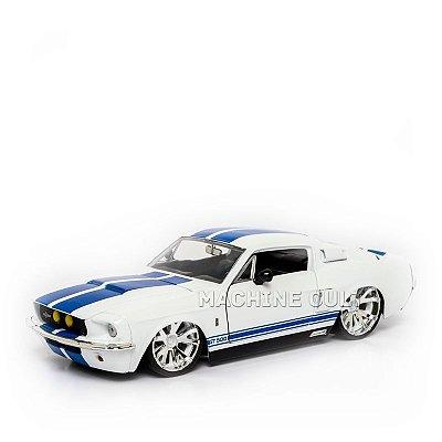 Miniatura Shelby GT-500 1967 - Branco - Jada 1:24