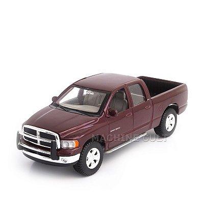 Miniatura 2002 Dodge Ram Quad Cab - Maisto 1:27