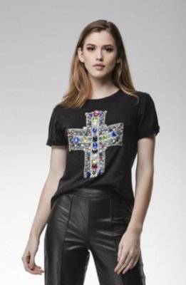 T-Shirt Cruz Bordada - LOTTUS