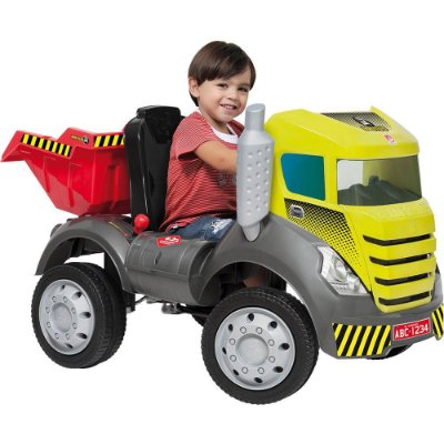 Caminhão Brutus com Pedal - Bandeirante