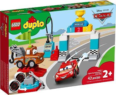 LEGO DUPLO 10924 DIA DA CORRIDA DE RELÂMPAGO MCQUEEN