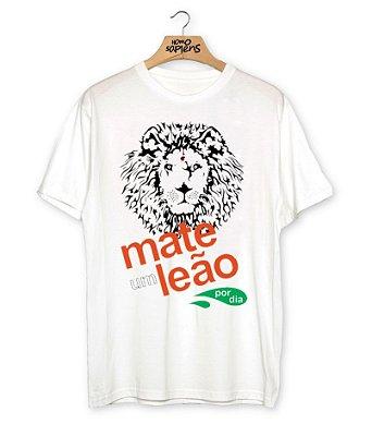 Camiseta Mate um Leão por dia